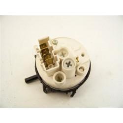 C00092151 ARISTON AVL135FR n°16 pressostat pour lave linge