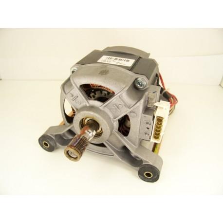 C00094023 ARISTON AVL135 n°3 moteur pour lave linge